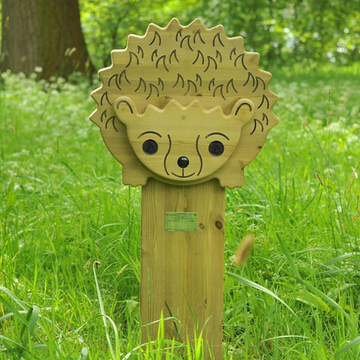 Hedgehog Animal Face Totem